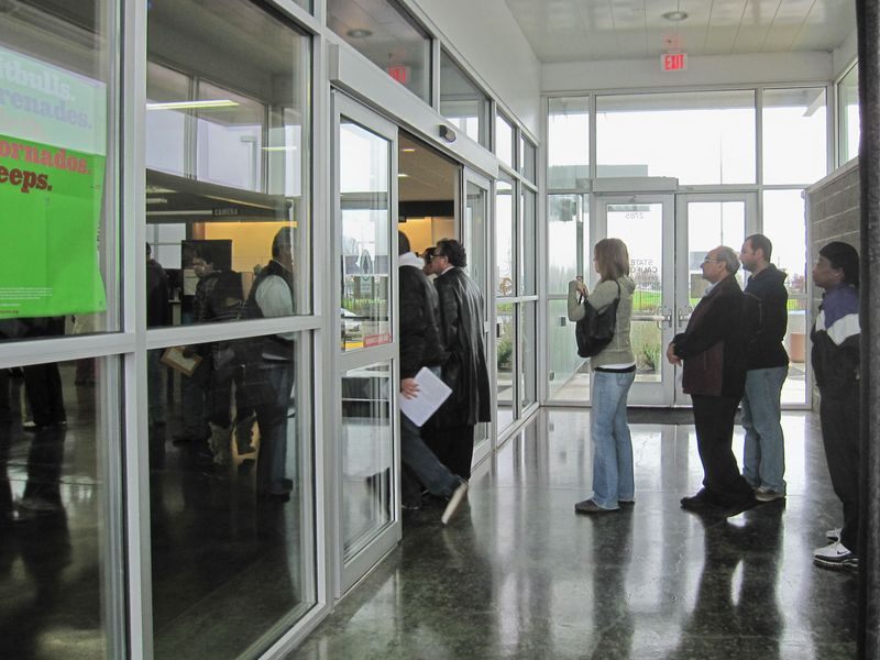 Leed Gold Certified Dmv Building In Tracy California Vestibule