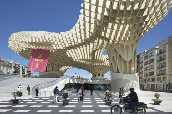 Designed by Arup and Jurgen Mayer H, the Metropol Parasol consists of six large timber parasols providing shade in the Plaza de Encarnacion in Seville, Spain. It is one of the largest timber structures built from a network of timber beams with the aid of digital design and fabrication. (Photo courtesy Hufton+Crow)